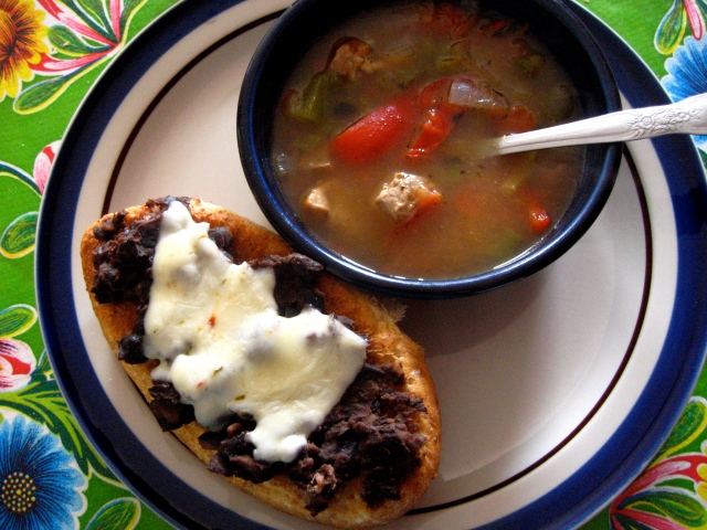 Molletes and Mock New Mexico Soupy Green Chile